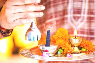 Easy Way to Perform Daily Puja at Home